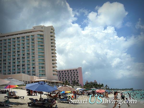 바하마 낫소, Riu Palace 앞 해변에서 즐거운 시간
